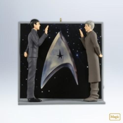 2012 Star Trek - An Extraordinary Meeting