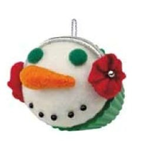 2012 Christmas Cupcake - Seasons Treatings - Ltd