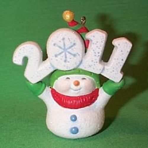 2011 Frosty Fun Decade #2 - Associate Gift