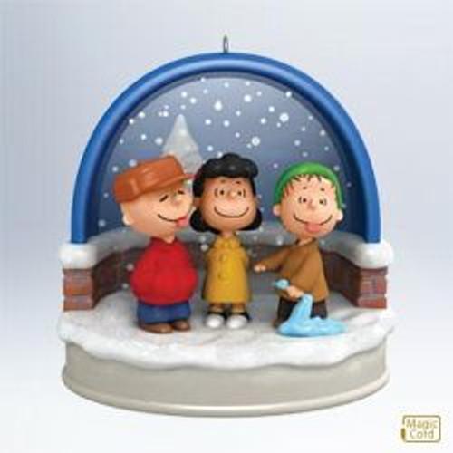 2011 Peanuts - Ho! Ho! Ho! Tasty Snow!