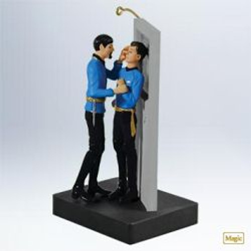 2011 Star Trek - Mirror Mirror