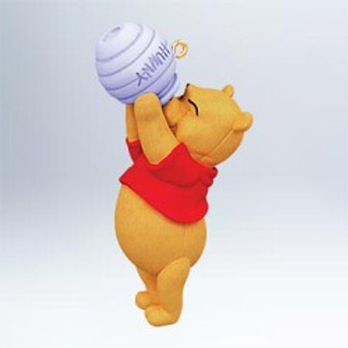 2011 Winnie The Pooh - Hoping For Hunny