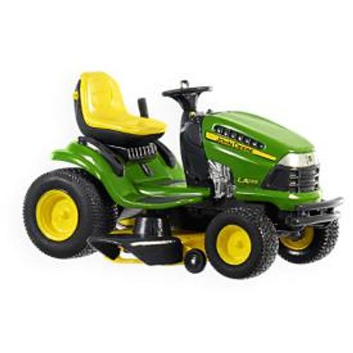 2009 John Deere - LA135 LA Lawn Tractor