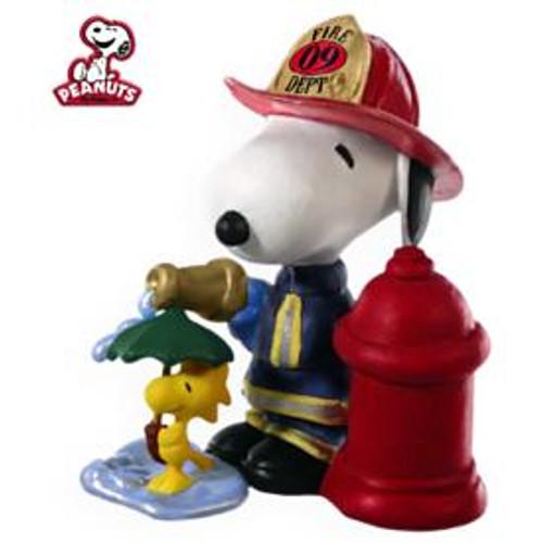 2009 Spotlight On Snoopy #12 - Firefighter Snoopy