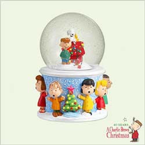 2005 Peanuts - Snow Globe