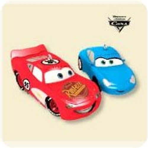 2007 Disney - Cars - Lightning and Sally