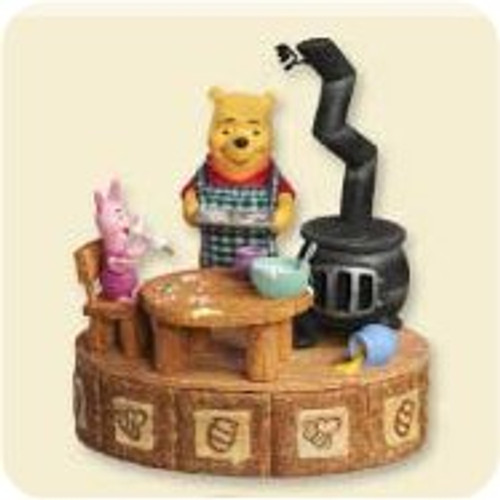 2007 Winnie The Pooh - Making Sweet Rememberies