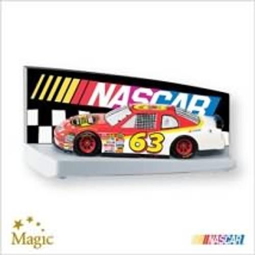 2007 Nascar - The Race Is On