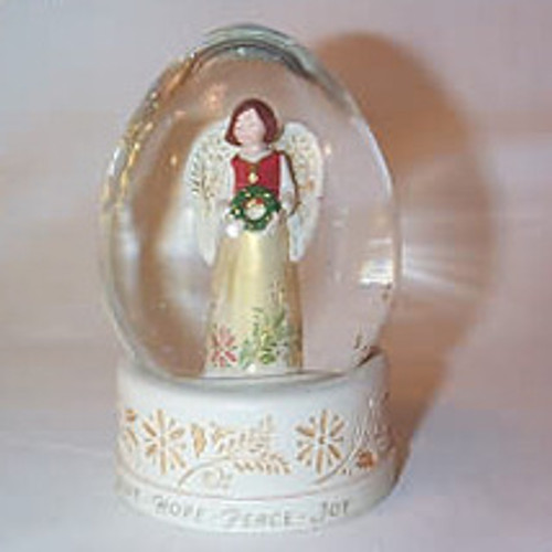 2007 Joy To The World Snow Globe