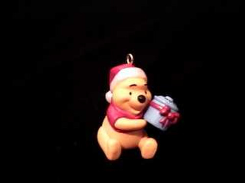 1997 Winnie The Pooh - Honey Of A Gift