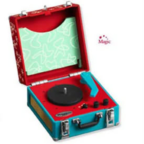 2008 Cool Yule Record Player - Club