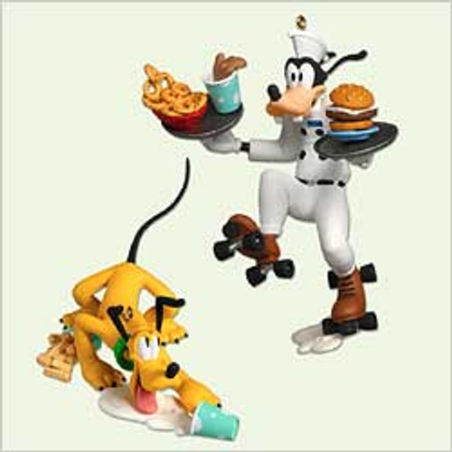 2005 Disney - Order Up! Goofy And Pluto