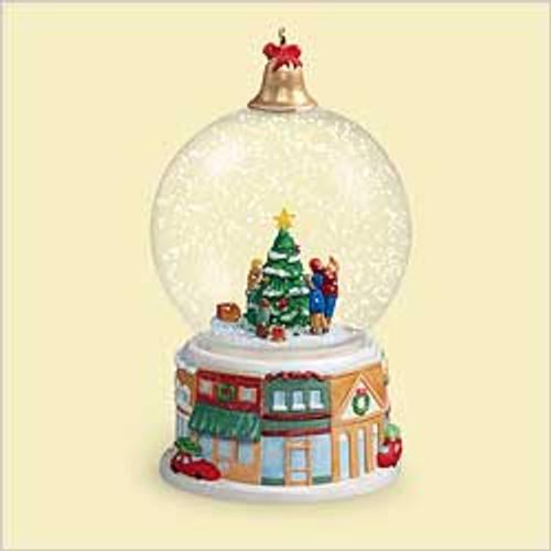 2006 Winter Wonderland #5 - Trimming The Tree