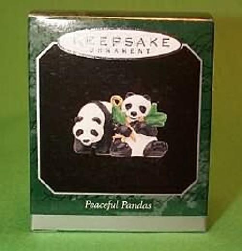 1998 Noahs Ark - Peaceful Pandas