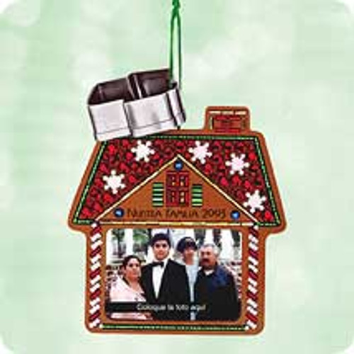 2003 Our Family - Spanish - Photo Hallmark ornament