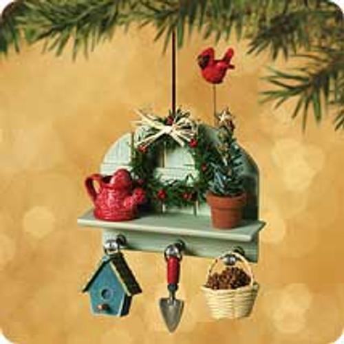 2002 Gardener's Christmas Corner Hallmark ornament