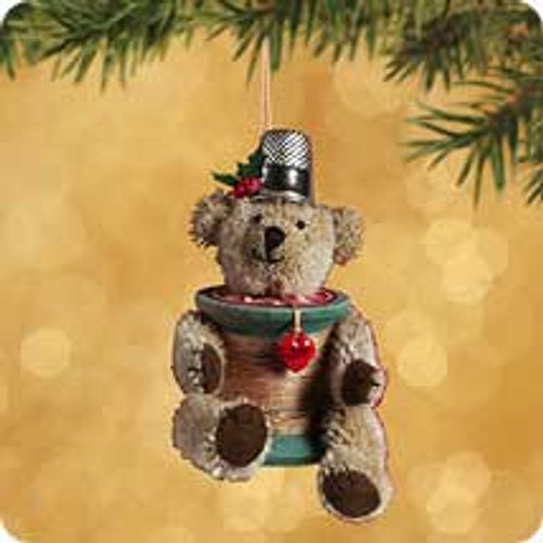 2002 Threadbear Hallmark ornament