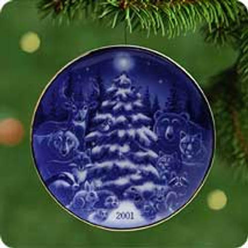 2001 Christmas Brings Us Together - Plate Hallmark ornament