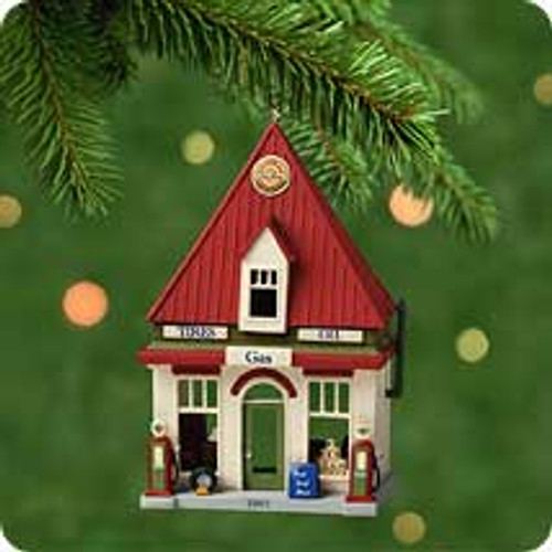 2001 Nostalgic Houses 18 - Gas Station Hallmark ornament