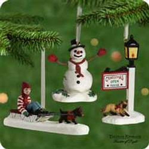 2001 Thomas Kinkade - Memories Hallmark ornament