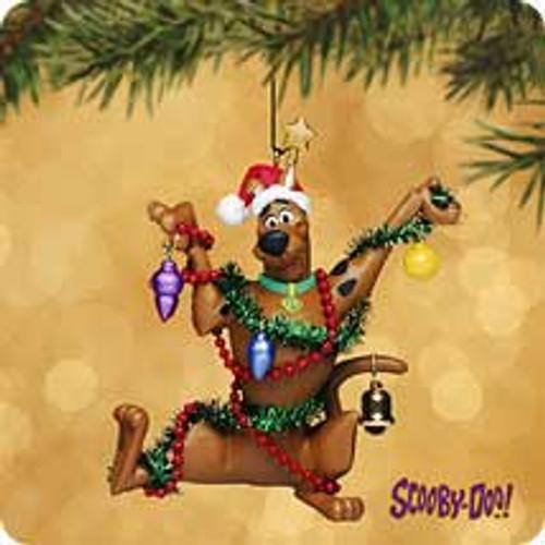 2002 Scooby-Doo - Decorating Hallmark ornament