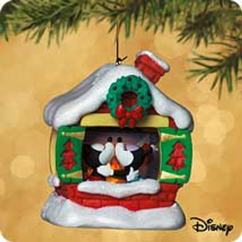 2002 Disney - Snuggle Time Hallmark ornament