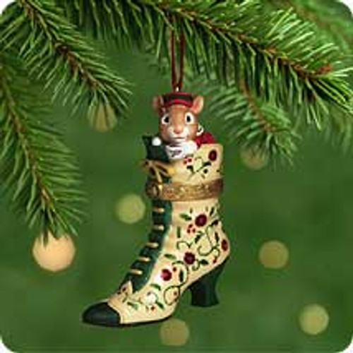 2001 Fashion Afoot #2 Hallmark ornament