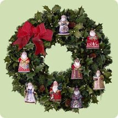 2004 Santa - Display Wreath Hallmark ornament