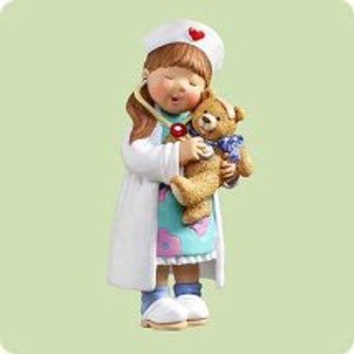 2004 Little Nurse Big Heart Hallmark ornament
