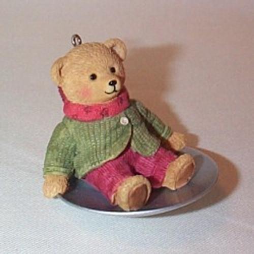 2002 Snow Cub Club - Wendy Woosh Hallmark ornament