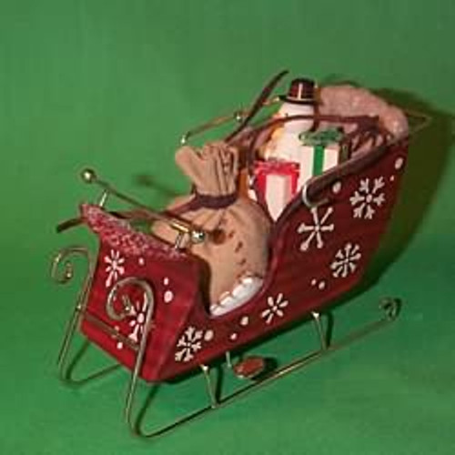 2003 Santa's Magic Sleigh Hallmark ornament
