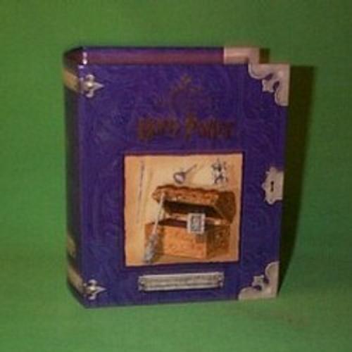 2001 Harry Potter - Hermione Grangers Trunk Hallmark ornament