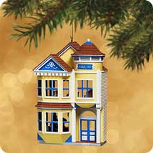 2002 Nostalgic Houses #19 - Victorian Inn Hallmark ornament
