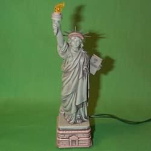1996 Statue Of Liberty