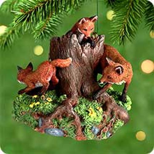 2000 Majestic Wilderness #4F - Foxes Hallmark Ornament