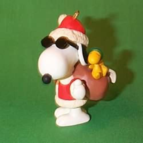 1998 Spotlight On Snoopy #1 - Joe Cool