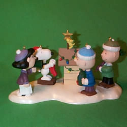 2000 Peanuts - Set Hallmark Ornament