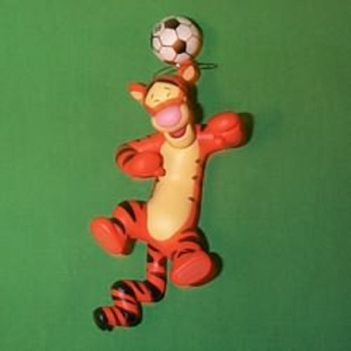 1999 Disney - Tigger Plays Soccer