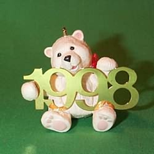 1998 Fabulous Decade #9 - Bear