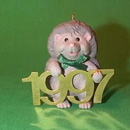 1997 Fabulous Decade #8 - Hedgehog