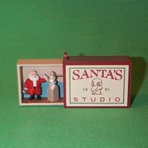 1991 MM - Santa's Studio