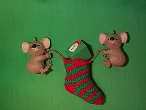 1990 Stocking Pals