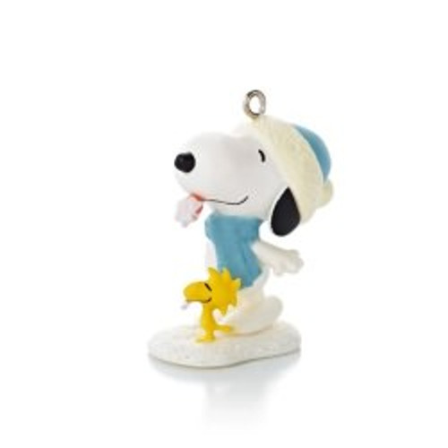 2013 Winter Fun With Snoopy #16