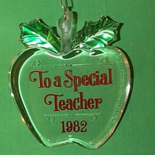 1982 Teacher - Apple