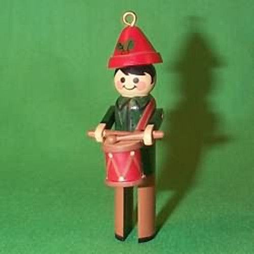 1981 Clothespin Drummer - Little Trimmer