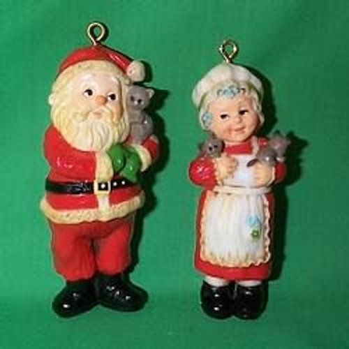 1981 Mr and Mrs Claus