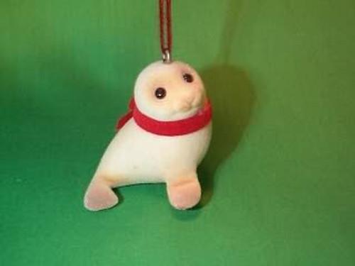 1984 Snowy Seal