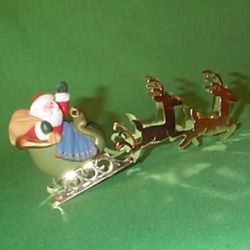 1982 Santa and Reindeer