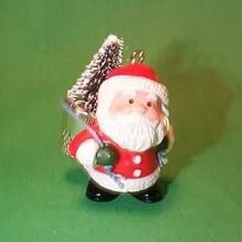 1985 Thimble #8 - Santa