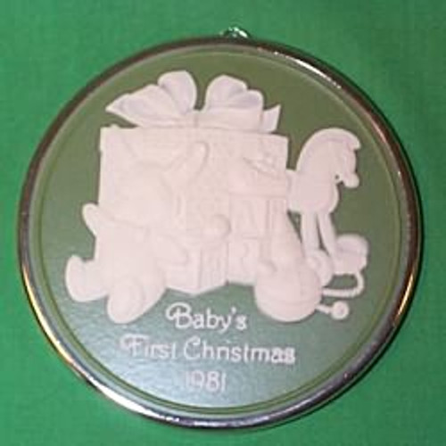 1981 Babys 1st Christmas - Cameo